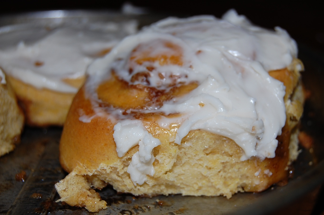 Pumpkin Cinnamon Rolls with Maple Cream Cheese Frosting ...