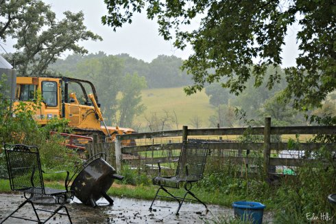 Bulldozer in rain_4573ew