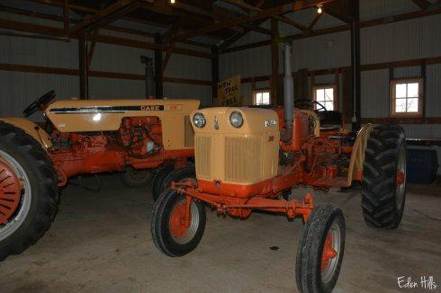 case tractors_7824ew
